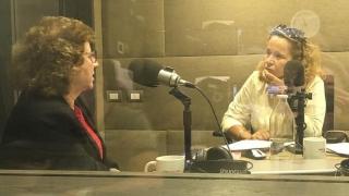 "Radio: Rosalie appears on ""Eli de caso"""